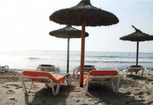 Ganz besonders Cala Millor und sein wunderschöner Strand hat es uns angetan, deshalb spielt dieser Ort in allen unseren Romanen eine entscheidende Rolle.